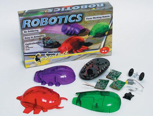 """В набор  """"Роботикс """" входят детали, из которых можно собрать простейшую  """"руку """" робота.  Она движется, реагирует на свет..."""