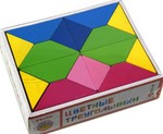 Цветные треугольники. Геометрические фигуры из дерева