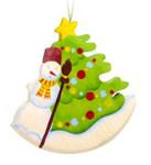 Елка со снеговиком. Подвесная игрушка из дерева