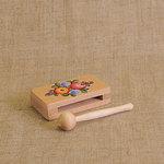 Широкая коробочка. Русский народный шумовой инструмент