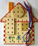 Домик. Деревянная шнуровка для малышей