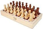 Шахматы. Лакированные деревянные фигуры в комплекте с доской