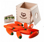 Морковки. Счетный материал в деревянном коробе-сортере