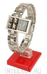 Наручные часы Q&Q. Смещенный циферблат, стальной корпус
