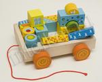 Машинка-каталка с набором конструктора